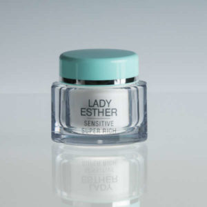 lady esther Sensitive super rich cream is een nachtcreme rijk aan werkstoffen www.menandwomenscare.nl